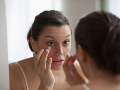 Как быстро избавиться от синяков под глазами в домашних условиях?