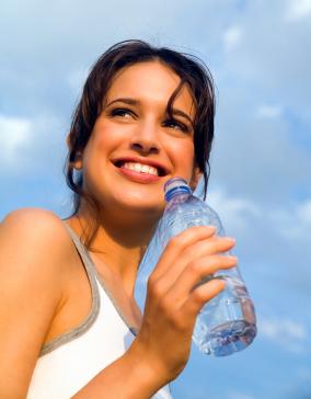 Сколько необходимо пить воды в течение дня?