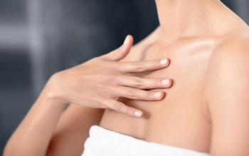 Как избавиться от прыщей на груди?